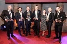 "VINEUS Sieger 2015 v.l.: Wolfgang Gröller, Seehotel ""Das Traunsee"" - Weinhotel; Christoph Wachter - Trendsetter ; Manfred Tement - Lebenswerk; Steve Breitzke - Sommelier; Tracy & Robert Brandhofer, Pub Klemo - Weinrestaurant; Johannes Berger -Newcomer"