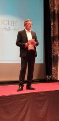 Moderator Peter Lorenz