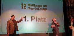 v.l.n.r.: Eduard Mitsche und Piroska Payer bei der Siegerehrung