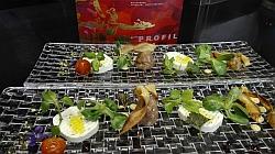 Schaffrischkäse mit Frühlingskräutern und Thunfisch-Tartar