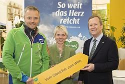v.l.: Mag Andreas Steininger, Claudia Pronegg-Uhl und Erich Neuhold